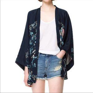 🆕 Gorgeous Blue Kimono - Perfect for Summer!